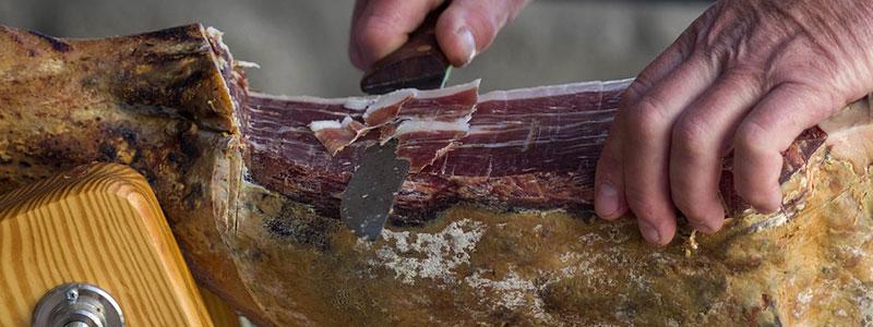 boucherie-fronton-bosca-morceau-porc-jambon